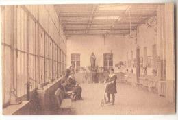 E3741 - FOURON - LE - COMTE  -  Pensionnat Des Religieuses Ursulines - Galerie - Voeren