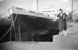 M23 - Navire ROXANE en cale s�che - negatif photo ancien