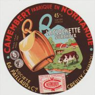 étiquette De Fromage:  Camembert  : La  Clochette ,  Creully  Calvados - Cheese