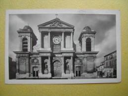 VERSAILLES. L'Eglise Notre-Dame. - Versailles