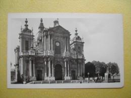 VERSAILLES. La Cathédrale Saint-Louis. - Versailles