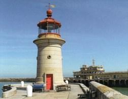 Postcard - Ramsgate West Pier Lighthouse, Kent. SMH32C - Lighthouses