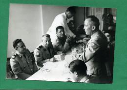 PHOTO MILITARIA PHOTO  Chef De Corps Et Chasseurs Du 13ème BCPlors De La Visite D'un Général - Uniformes