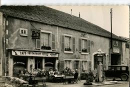 CPSM FORMAT CPA  -  BANNES  -  HOTEL RESTAURANT GARAGE TOULOUSE  -  SUPERBE CARTE AVEC POMPE A ESSENCE ET VOITURE - France