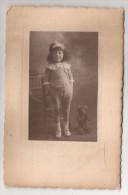 Photo Enfant Fille Fillette Ourson - Persone Anonimi