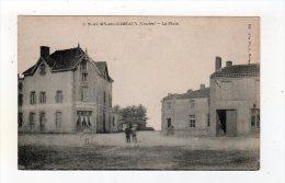Mai14   8565101     Saint Aubin Des Ormeaux   La Place - France