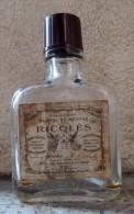 """ANCIENNE BOUTEILLE (VIDE) MIGNONNETTE DE RICQLES DES ANNEES 30 - """"Alcool De Menthe De Ricqles"""" - Mignonnettes"""