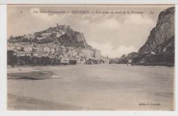 04 - SISTERON - Vue Prise Au Bord De La Durance - Sisteron