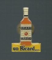 PINS PUBLICITAIRE UN RICARD... - Beverages