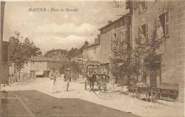 -MATOUR--PLACE DU MARCHE--TRES ANIMEE--CARTE DU 2/7/1926--MANQUE LE TIMBRE AU VERSO-- - France