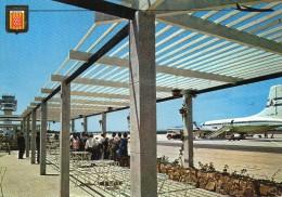 CPSM  - AVIATION  -  AEROPUERTO  GERONA  -  COSTA  BRAVA  (avion Sur Le Tarmac, Passerelle IBERIA ) - Aérodromes