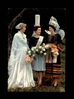 29 - ELLIANT - Costumes - Coiffes - Bigoudènes - Elliant
