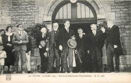 DIJON 10 JUILLET 1932 SORTIE DU RESTAURANT UNIVERSITAIRE - Dijon