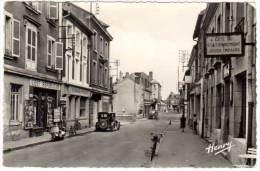 Etain - Rue De Metz (marchand De Journaux, Scooter Vespa) - Etain