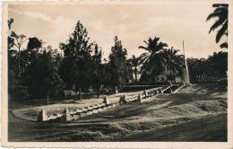 AFRIQUE - CAMEROUN - YAOUNDÉ - Monument Leclerc - Cameroun