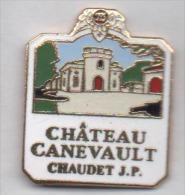Superbe Pin´s En EGF , Château Canevault , Chaudet JP , Fronsac , Vin De Bordeaux , Gironde - Villes