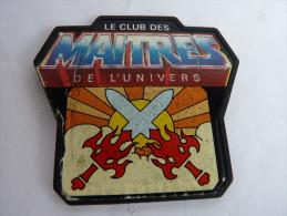 BADGE LE CLUB DES LES MAITRES DE L�UNIVERS - 80's -