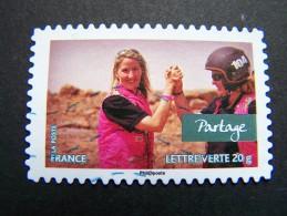 FRANCE OBLITERE 2013 N° 802 PARTAGE SERIE CARNET VALEURS DE FEMMES RALLYE AICHA DES GAZELLES MAROC AUTOCOLLANT ADHESIF - France