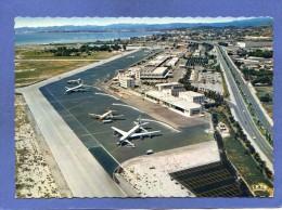 Avion - Aéroport De NICE - Caravelle Sur Tarmac - Vue Vers Cagnes Et Antibes - Scan Recto Verso - Aerodrome