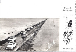 NOIRMOUTIER   LE PASSAGE DES GOIS     2CV 404  ARONDE   VOITURES ANNEES 60 ENVIRON - Noirmoutier
