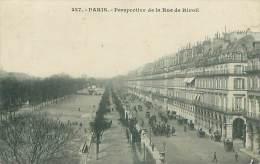 75 - PARIS - Perspective De La Rue De Rivoli - Transport Urbain En Surface
