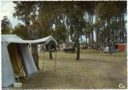 St Genis Des Fontaines - La Pinède (camping Retro, Citroën 2 Cv) - France