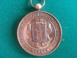 Katholieke Werkmansvereeniging Vrede, Merxem, Inhuldiging Vaandels 16/5/1897, 45 Gram (medailles0046) - België