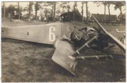 02475g AVION � HELICE - ACCIDENT Asch - Siege du Pilote - Pare-Brise - carte photo