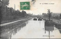 CARTE POSTALE ORIGINALE ANCIENNE : LA FERE ; LE CANAL ; PENICHES ; AISNE (02) - Fere En Tardenois
