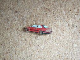 PINS AUTOMOBILE VOITURE BMW ROUGE ARTHUS BERTRAND - BMW