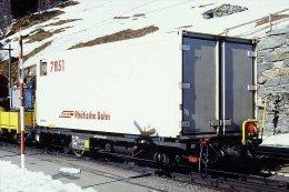 003-920) Dia (color Slide) Schweiz RhB - Lb-v 7851 Containertragwagen - Trains
