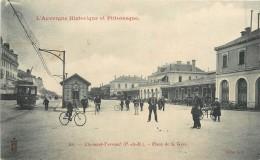63 CLERMONT FERRAND - Place De La Gare - Clermont Ferrand