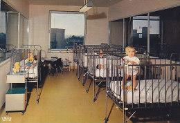 Charleroi - Institut Médico Chirurgical - Un Chambre Du Service Des Enfants (animée) - Charleroi