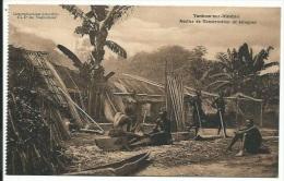 Yankow-sur-Itimbiri. Atelier De Construction De Pirogues. - Congo - Kinshasa (ex Zaire)