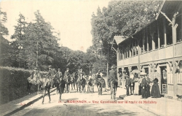ROBINSON  UNE CAVALCADE SUR LA ROUTE DE MALABRY - France