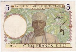 BANQUE DE L´ AFRIQUE OCCIDENTALE - 5 Francs. Valeur Bleu Foncé - - Autres - Afrique