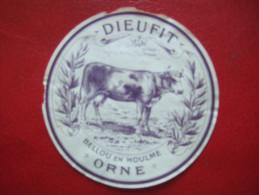 """61 - BELLOU EN HOULME - ETIQUETTE DE FROMAGE DU CHATEAU DE """" DIEUFIT """" - ANNEE 1930 1950 .....TRES RARE - - Fromage"""