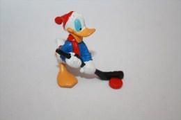 Figurine Donald Hockeyeur - Disney