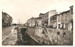 1799 - LUZECH - PLACE DU CANAL - Luzech
