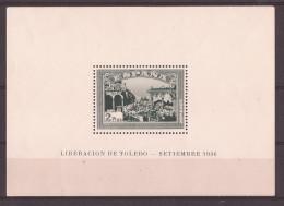 ES837-L4173THC.España.Spa In. Espagne.HOJITA VERDE DEL ALZAMIENTO NACIONAL.TOLEDO.1937. (Ed 837*) Con Charnela.LUJO - Hojas Conmemorativas