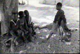 BENEBNOOMA Une Ecole Nouvelle A Koudougou Au Burkina Faso, Photo Serge Mercier,ane, Enfants - Burundi