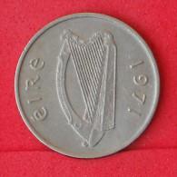 IRELAND  5  PENCES  1975   KM# 22  -    (Nº06910) - Ireland