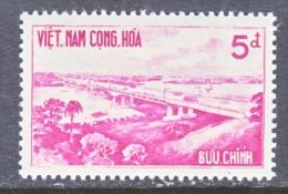 VIETNAM   169   * *  BRIDGE - Vietnam