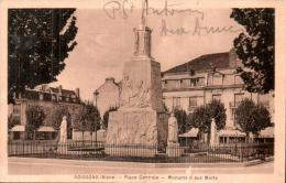 02 SOISSONS PLACE CENTRALE MONUMENT AUX MORTS - Monuments Aux Morts