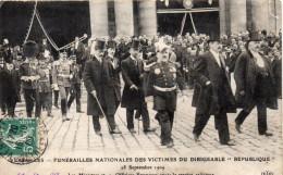 FUNERAILLES NATIONALES DES VICTIMES DU DIRIGEABLE REPUBLIQUE 1909 - Funérailles
