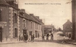 35 Saint Sulpice Des Landes. Une Rue Du Bourg - Frankreich