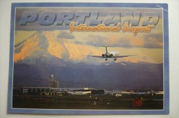 AEROPORT / FLUGHAFEN  / AIRPORT          PORTLAND     INTERNATIONAL  AIRPORT - Aerodrome