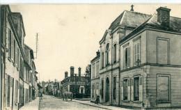 91 - Ris Orangis : L' Hôtel De Ville Et La Rue De Paris - Ris Orangis