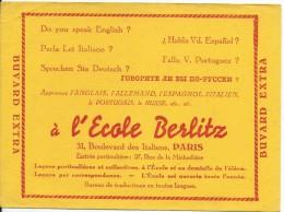 Ecole / BERLITZ/Apprerntissage Des Langues étrangéres/Paris  /vers 1945-1955     BUV145 - Carte Assorbenti