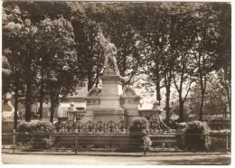 OUFFET   --  Monument  Aux  Morts  ( 1914-1918 ) - Ouffet